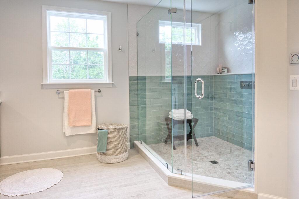 Interior-modern-bathroom-with-shower-box